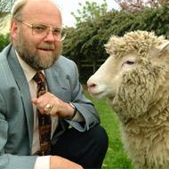 Dolly the sheep creator backs Parkinson's initiative