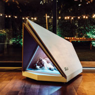 Ford develops noise-cancelling kennel