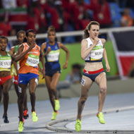 Laura Muir breaks mile record in Birmingham